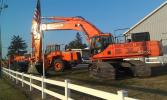 Doosan singled out Ronson Equipment in 2013 as one of its top 10 dealerships. A year later, the company moved up to rank among the top 5 Doosan dealers in North America.