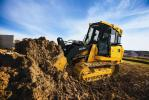 The 605K features a John Deere PowerTech 4.5-L ITIV/Stage IIIB diesel engine that delivers a productive combination of power and torque.