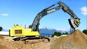 The BF90.3 crushing attachment is a mid-sized MB jaw crusher designed for excavators weighing more than 46,300 lbs.