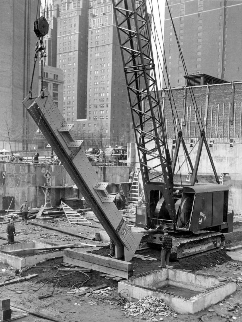 Author's Photo Collection American Bridge used a Manitowoc crawler crane to lift this building column at the UN building site on April 19, 1949.
