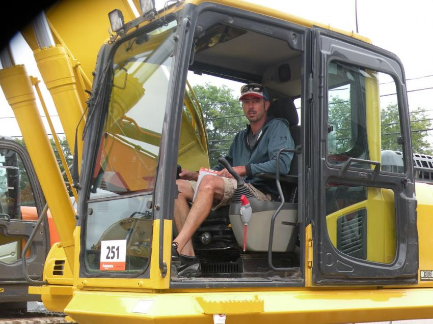 Paul Blais of Construction Support Equipment, Seabrook, N.H., likes this Komatsu PC270LC excavator.