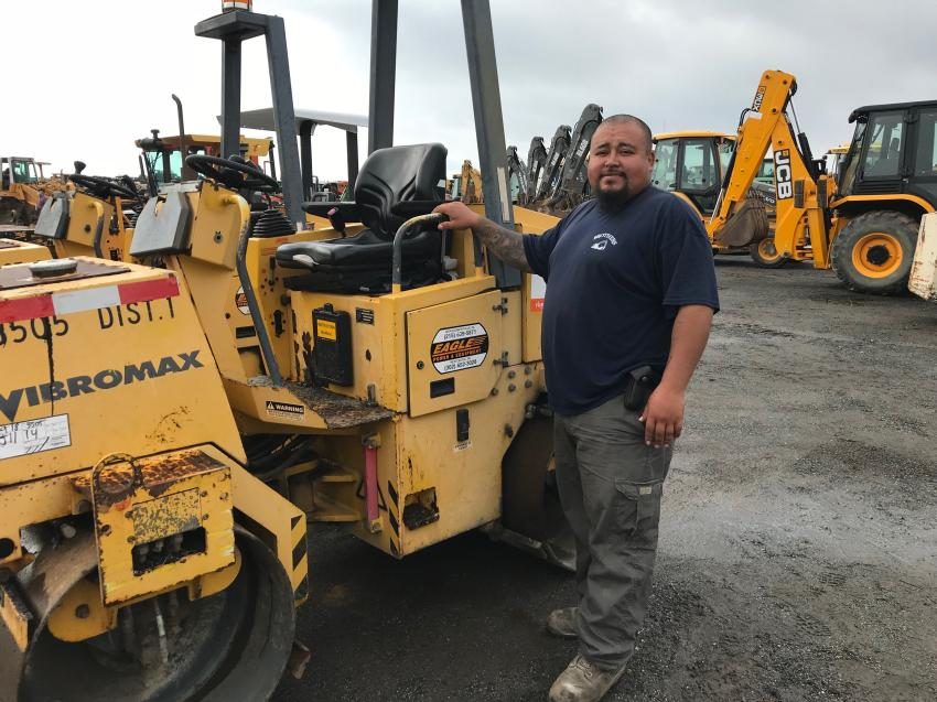 Thomas Cortez of Brothers Construction, Aston, Pa., gave this Vibromax roller the once-over.