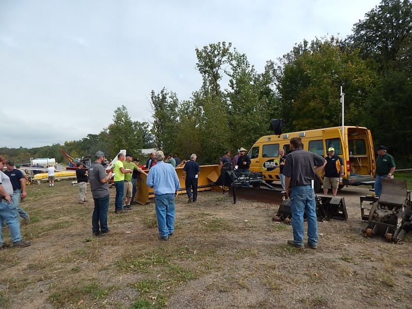 Big crowds on site and a large Internet bidding group brought in strong pricing for IRAY's quarterly heavy equipment and truck sale.