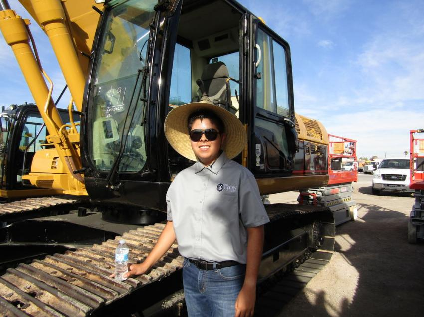 Lino Leon drove from Los Angeles to help his uncle purchase some machinery for their used equipment business, North & South America Heavy Equipment Sales. Leon vigorously tested this Cat hydraulic excavator before adding it to his short list.