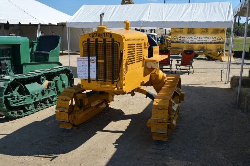 A Caterpillar Fifteen on display during ACMOC in San Antonio.
