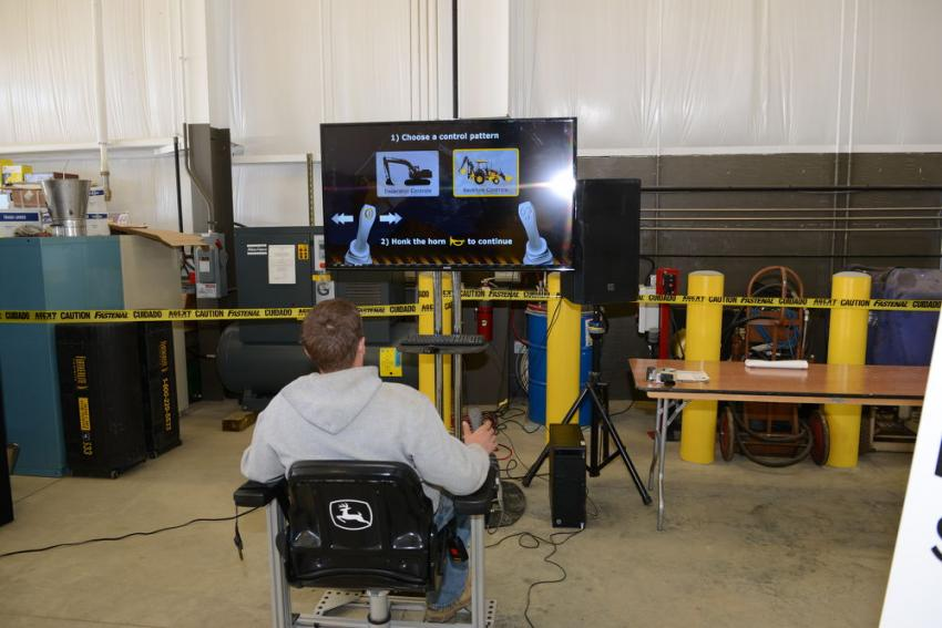 Customers were able to try out a machine operation simulator.