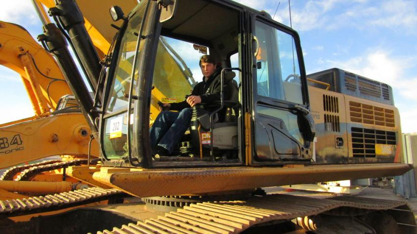 Nikolas Azmora arrived early to test some equipment out for KMI Zeolite Mining, based in Amargosa Valley, Nev. Looking to replace some old equipment, Azmora evaluates this 2008 Cat 345CL hydraulic excavator for the company's fleet.