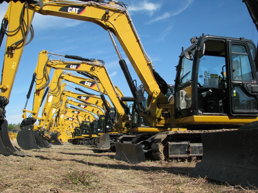 A great lineup of small and mid-sized Caterpillar excavators was available on the seventh day of the nine-day sale.