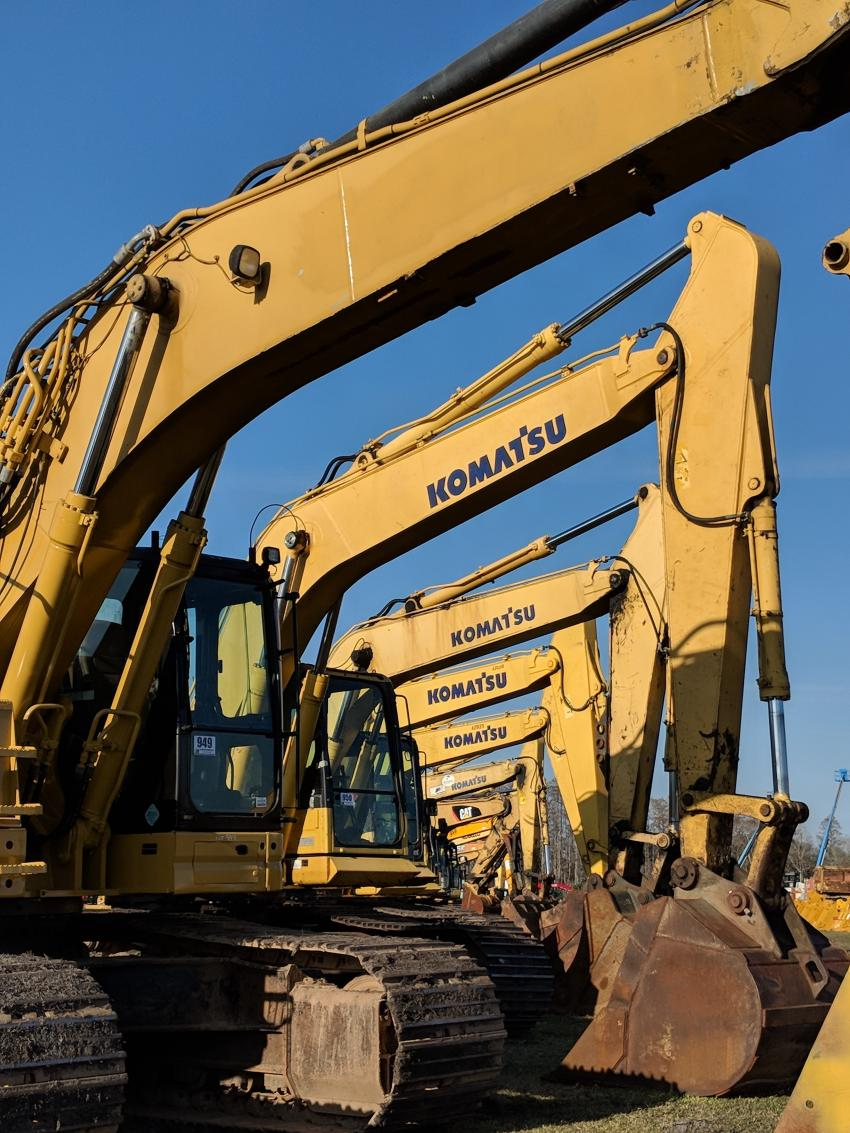 A significant selection of excavators were available to bidders during the Jeff Martin auctions.