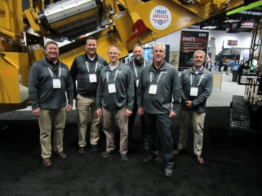 (L-R): Screen Machine's Scott Timmer, Matt Brinkman, Timm Miller, Jody Beasley, David Stewart and Shane Terblanche welcome attendees to their booth.