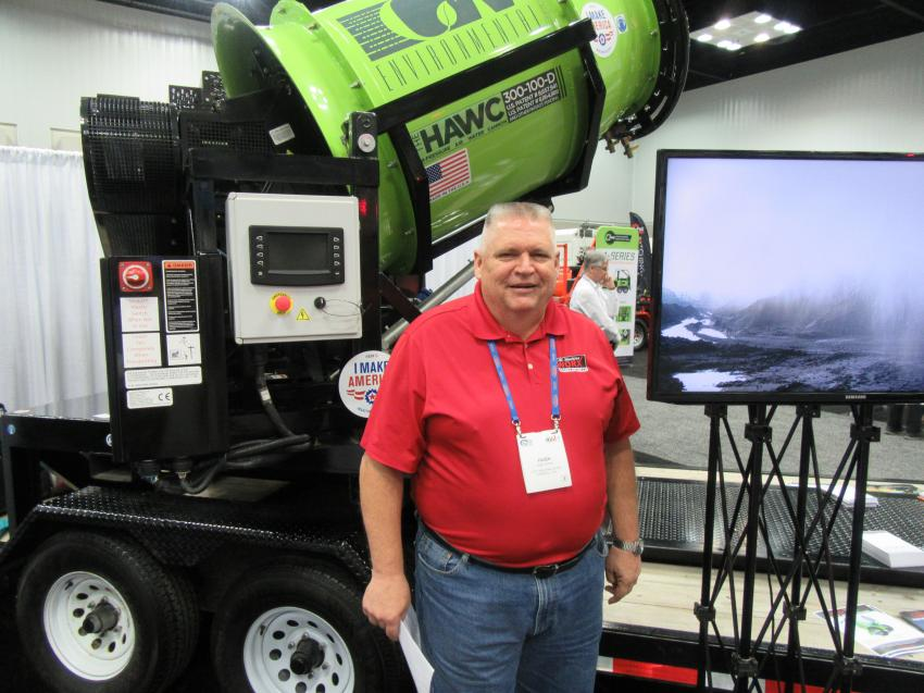 Hugh Gordon of C.W. Machine Worx spoke with attendees about the company's dust-suppression equipment.