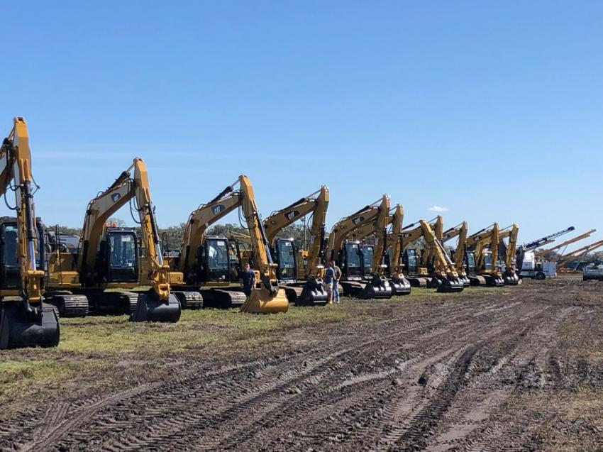 This year's Yoder & Frey sale featured an exceptional lineup of excavators ranging in size from compact to 100,000 lbs.