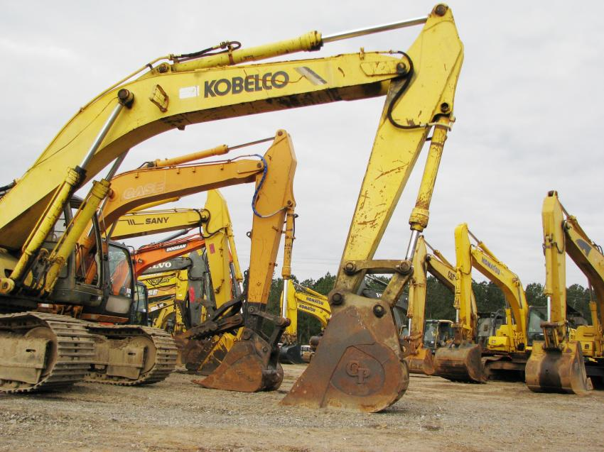 A broad range of hydraulic excavators was available at the auction.