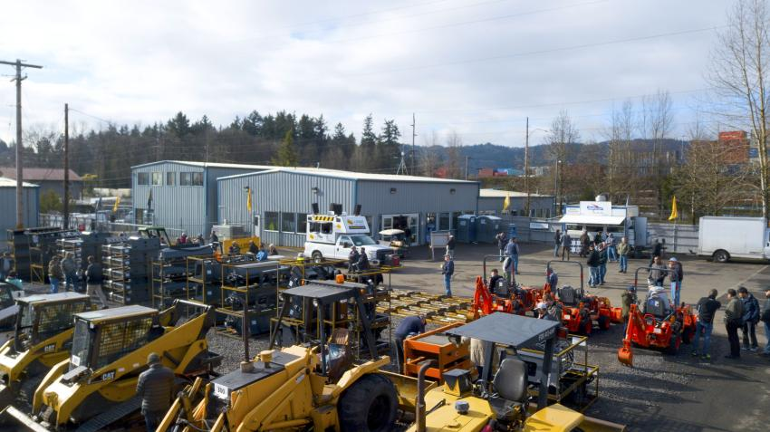 J. Stout Auctions sold more than 720 pieces of heavy equipment, commercial trucks and industrial tools at its latest March live auction.