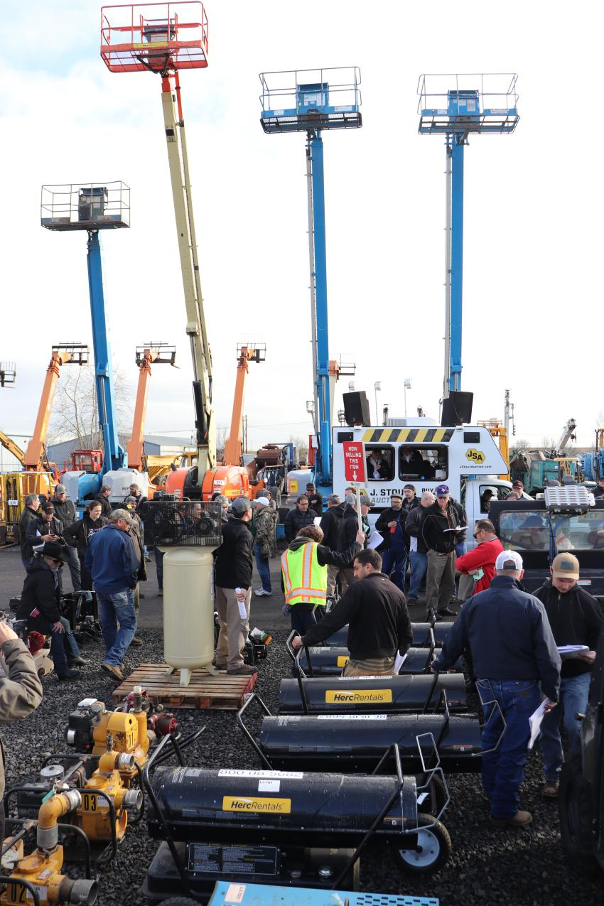 Despite the recent rain, more than 300 bidders drove to the Portland, Ore., auction.