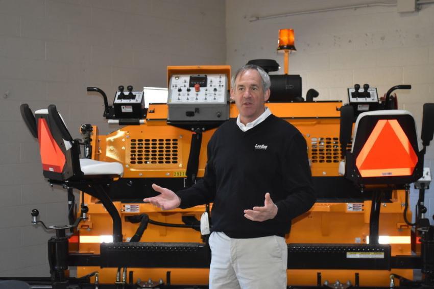 LeeBoy's Jim Harkins discusses paver screed adjustments.