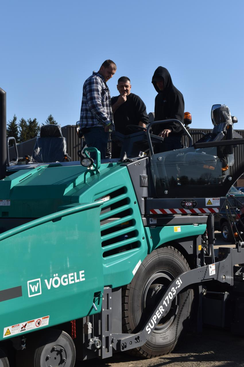 Between sessions, attendees are given the opportunity to get a closeup look at the paving products offered by W.I. Clark, including this Vogele Super 1703-3i.