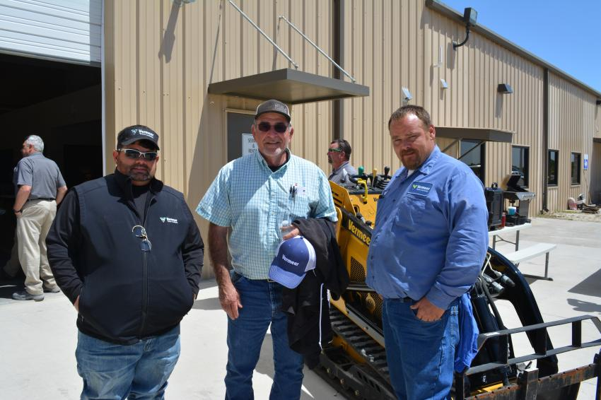 (L-R): Vermeer Texas-Louisiana sales rep Johnny Matthews takes some time with Abney and Foster Construction owner Tim Abney and  Bradley Mitchell, technician, Vermeer Texas-Louisiana.