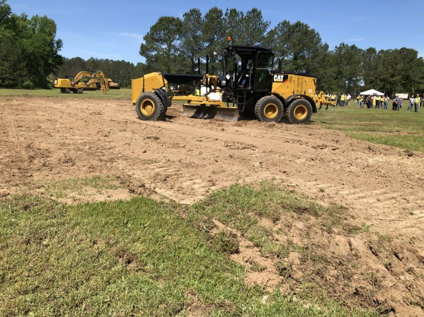 The Cat 120 AWD motor grader offers precision and comfort, as well as up to 15 percent better fuel efficiency, lower maintenance costs and a touchscreen display with Cat Grade technology.