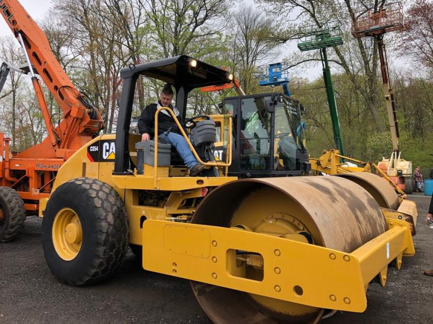 This Cat CS54 soil compactor was a standout among the vibratory rollers. Testing it out is Todd Marion of Marion Excavating in South Hadley, Mass.
