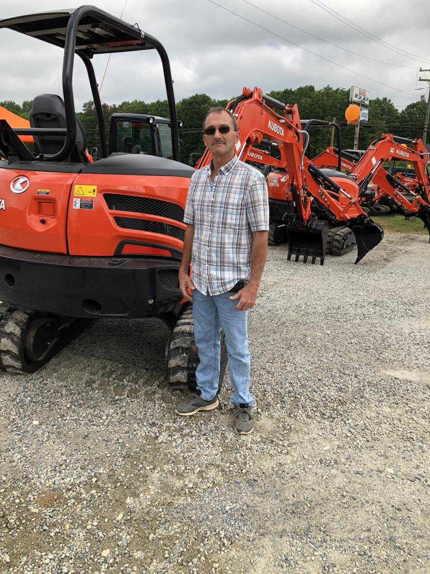Scott Heverly of Metro Tech Systems in Monroe, N.C., is checking out the different models of Kubota excavators.