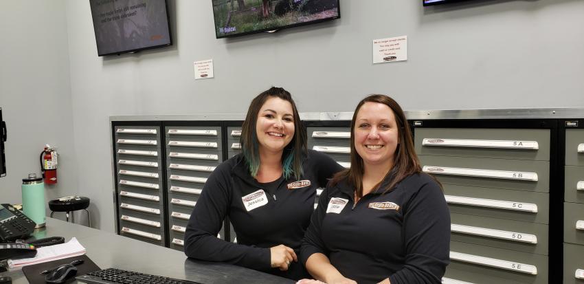 Jessica Peterson (L) and Lizzie Ammann, parts specialist superstars.