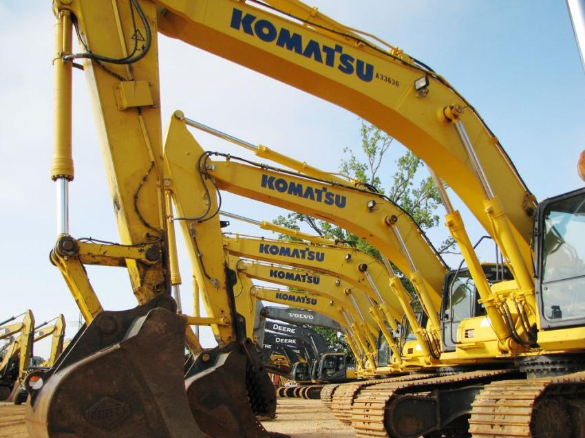 A quality lineup of excavators at each and every JM Wood sale in Montgomery, Ala.