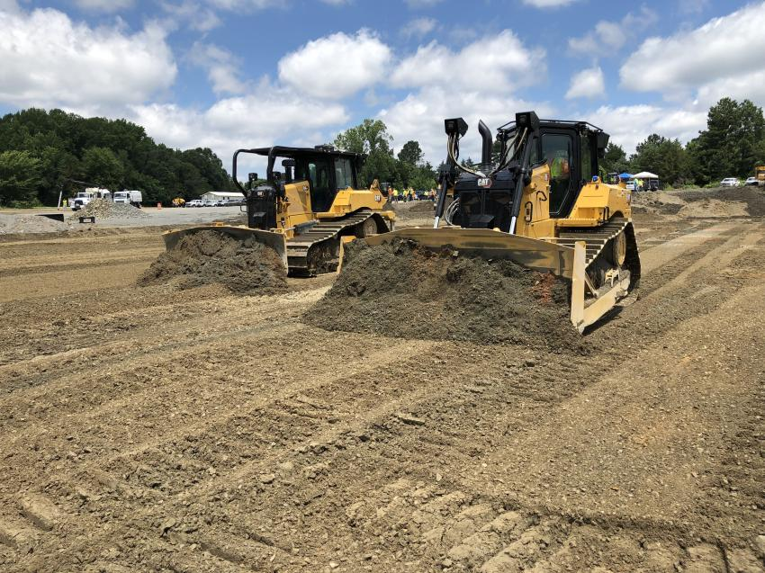 The Cat D6LGP and Cat D6XE in action.