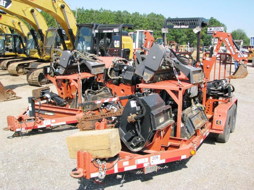 Like a pair of Swiss Army Knives, the Ditch Witch machine packs centered around the XT850 carrier machine in the line-up with attachments including a blade, bucket, mulcher, trencher and hydraulic hammer garnered a lot of attention.