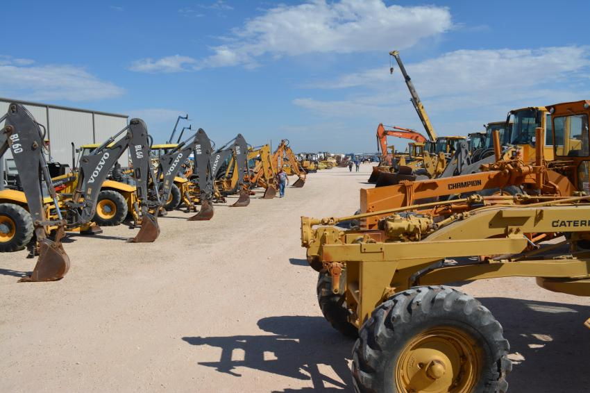 A great selection of motorgraders and backhoe loaders was among the heavy equipment available to bidders at Iron Bound's big sale.