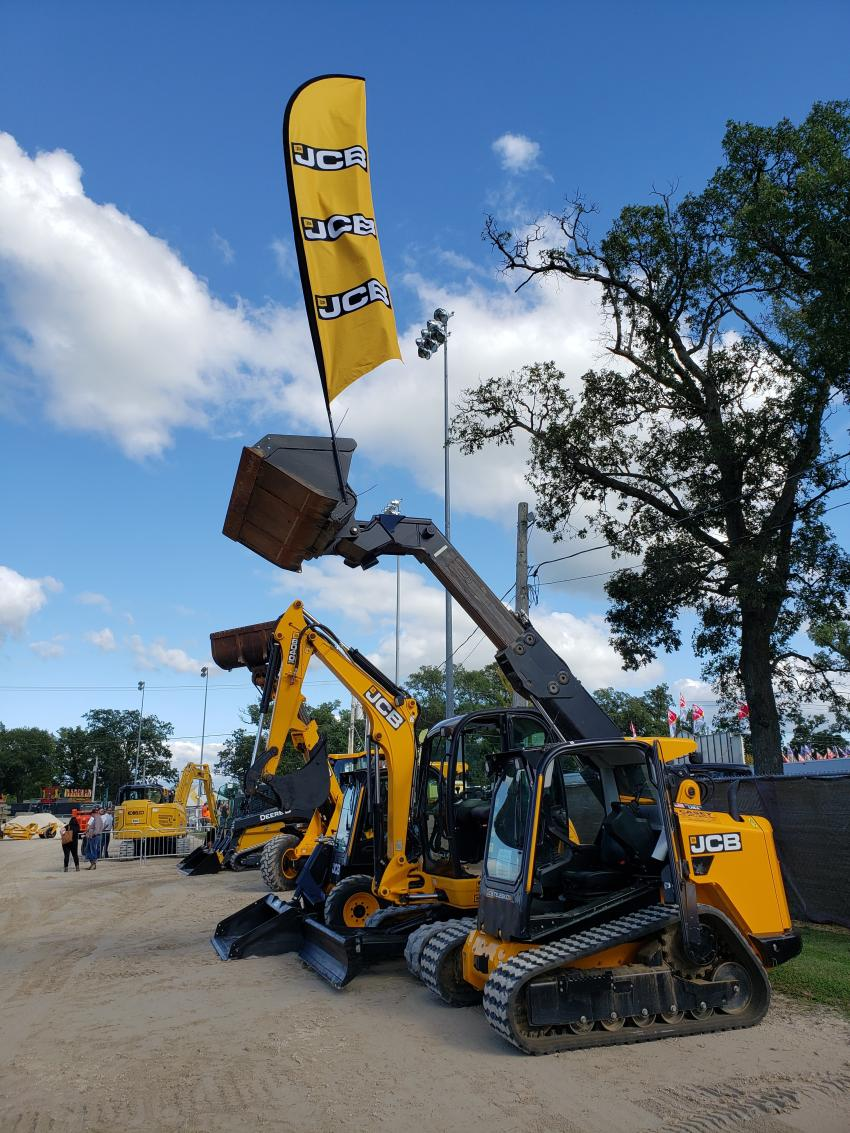 These JCB compact machines from Casey Equipment Co. (JCB Chicago), are ready to show what they can do.