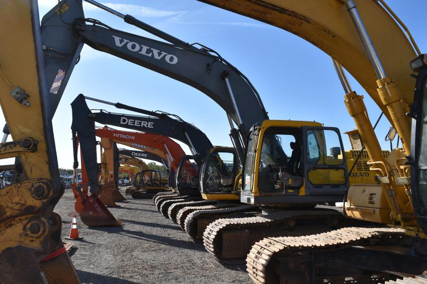 More than 2,900 equipment items and trucks were sold in the auction, including 69 excavators.