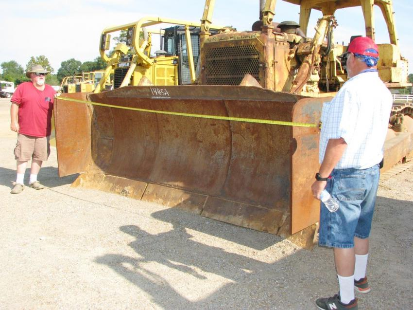 The older model Cat D8s are still desirable pieces of equipment for Larry Smith (L) and Wayne Smith of L&L Logging, Maplesville, Ala.