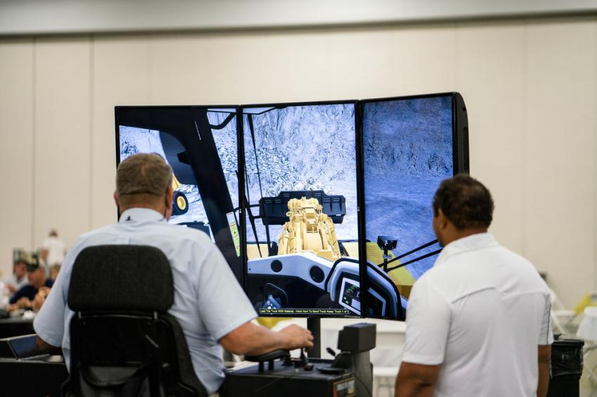 In the indoor expo area, state-of-the-art 3D Cat Simulators were on hand from Carter University for customers to try out. These simulators provide hands-on learning to enhance traditional operator training programs.