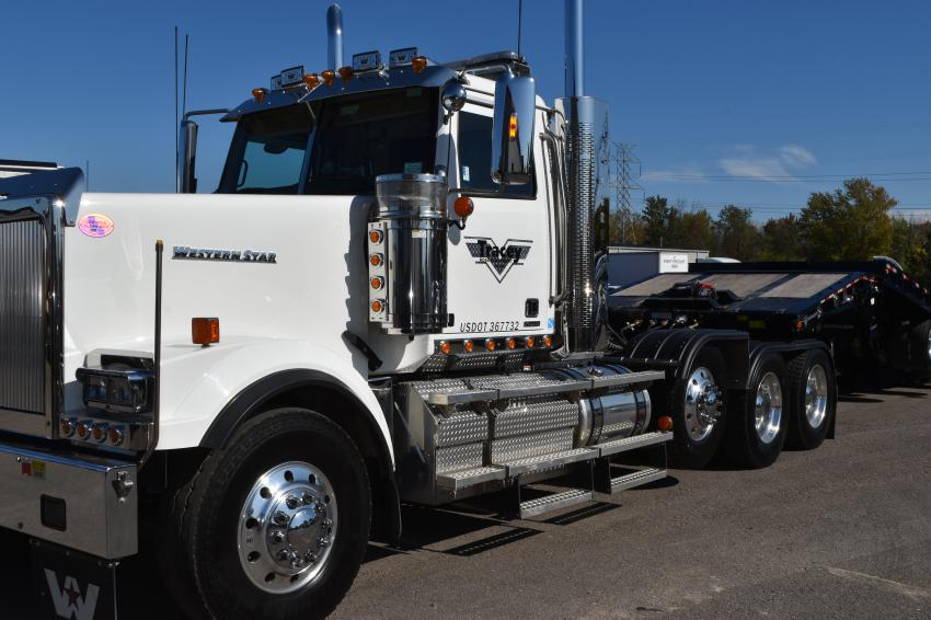 This Western Star truck (for which Tracey Road Equipment is a dealer) was recently added to the Tracey Road Equipment service fleet, enhancing its ability to satisfy the ever-growing needs of customers.