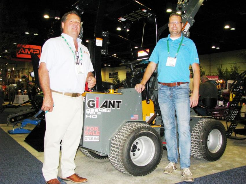 Jeff Short of Ingenium Sports and Power, Orlando, Fla., recently took on the Giant line and was joined at the show by Tobroco general manager Rudolf De Jong (R).