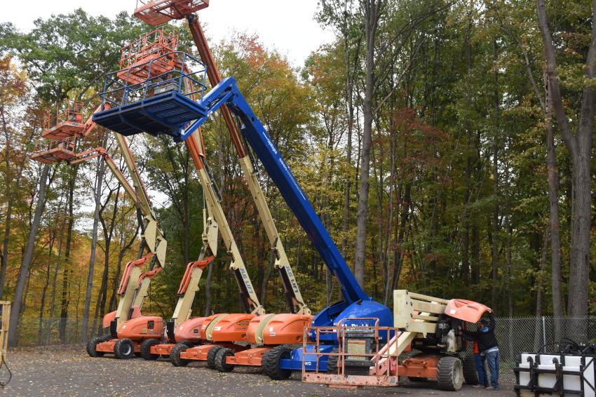 For those focused on above-ground work, a number of aerial lift machines were available on consignment.