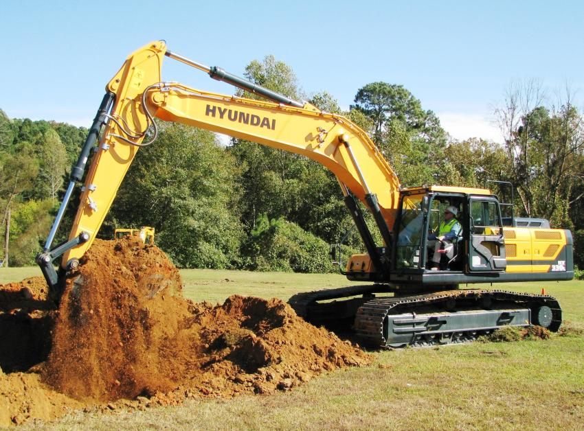 Carl Chandler of Diamond Equipment, LaVergne, Tenn., rips it up and operates an HX330L excavator like a professional operator.