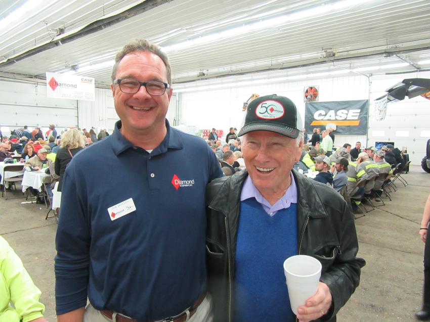 Diamond Equipment's Bob Brucken (L) caught up with Bob Phillips of Phillips Construction at the event.