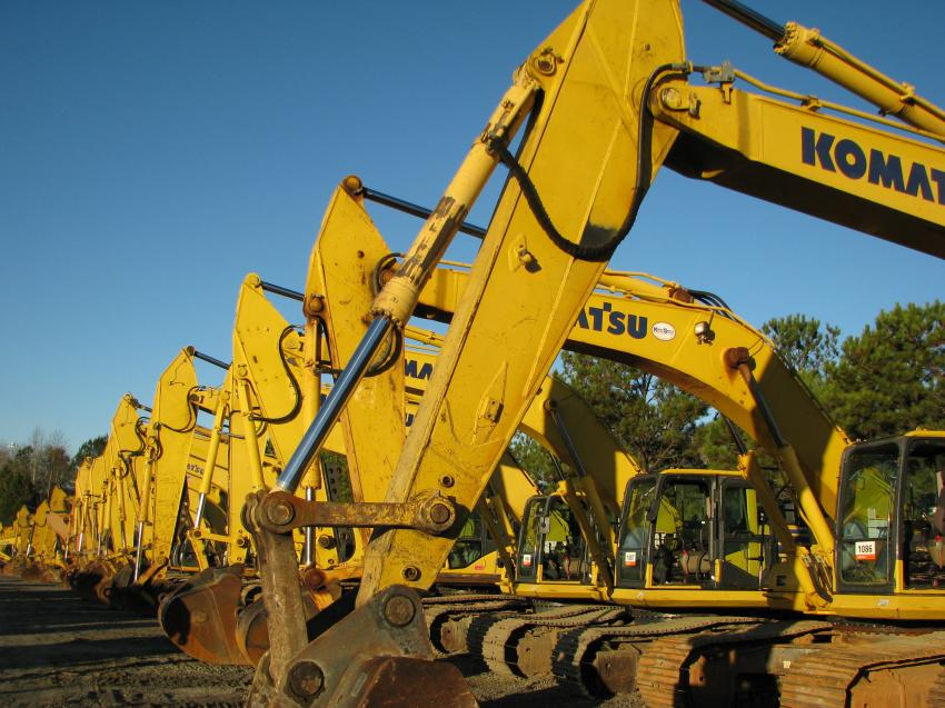 An absolute stellar selection of hydraulic excavators were available at this sale.