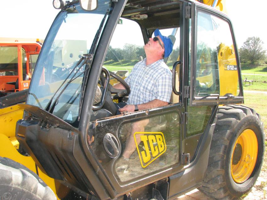 Ivan Chauvette of Chauvette Tracteur, Quebec, Canada, made his way to Florida to snag a JCB 512-56 telehandler (or two).