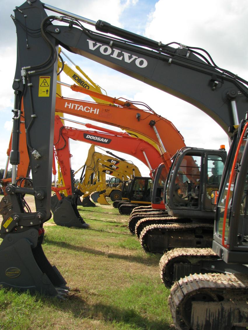 A stellar selection of big iron and excavators were featured in this sale.