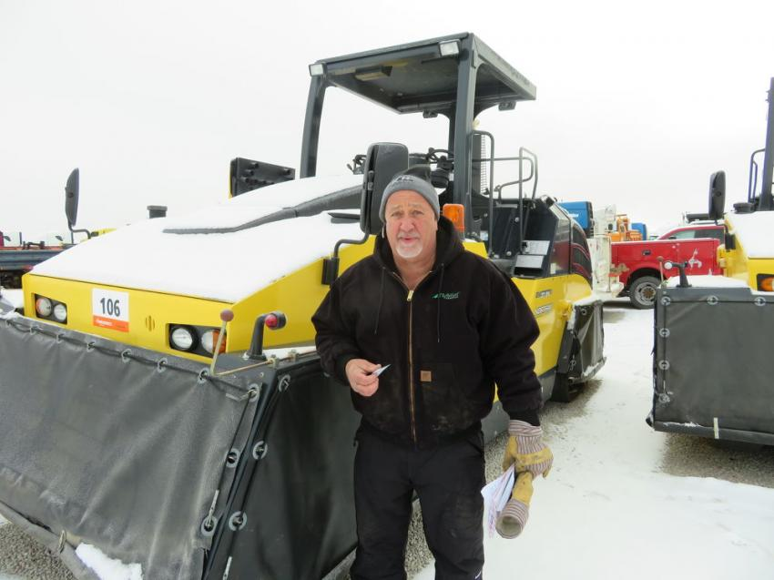 Kevin Bachman of Bachman Trucking noticed this Bomag BW27RH roller and decided to check it out.