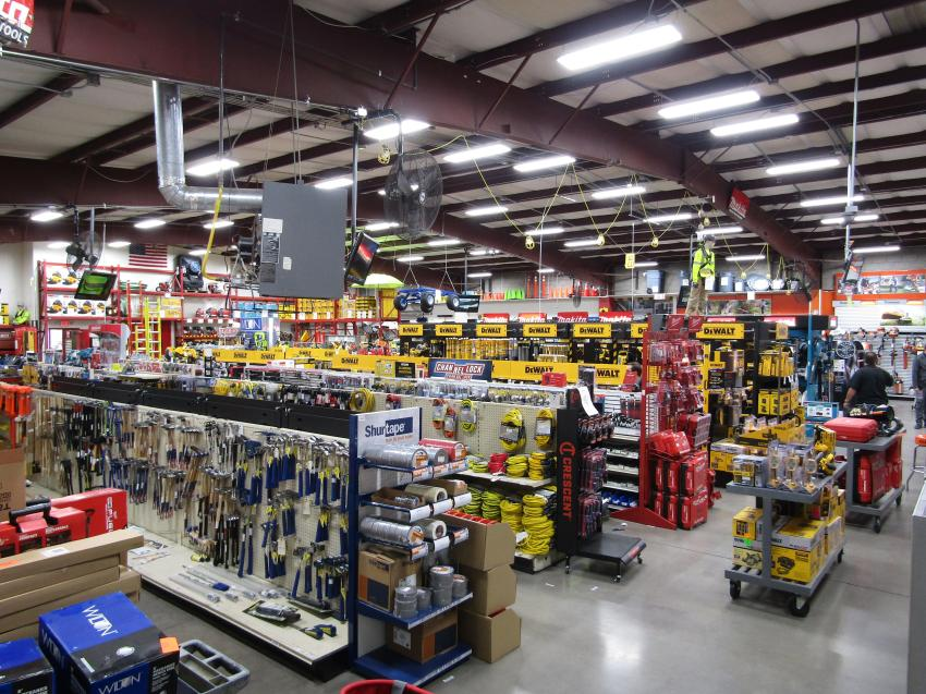 This yearly event is hosted by the Fisher family and is one of the largest events that Fisher Tools throws to show appreciation and gratitude to its customers and vendors.