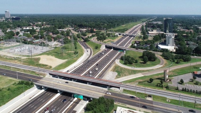 Reconstructed (new structure on same alignment) merit winner: I-240 MemFix4, Memphis (Kiewit Infrastructure South Co. photo)