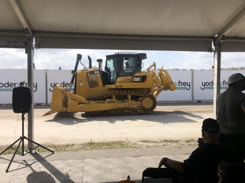 The new Cat D7E drew a round of applause as it won big numbers.