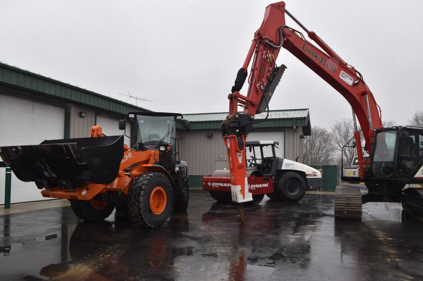 Contractors Sales' line up of construction products include excavators, wheel loaders, compaction equipment, haul trucks and attachments from the highest-quality equipment manufacturers available.