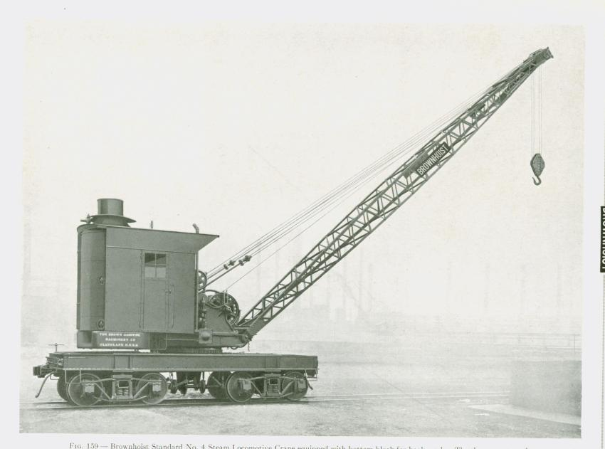 The Brown Hoisting Co. of Cleveland, Ohio, offered this very typical steam-powered locomotive crane at the turn of the last century. (HCEA photo)