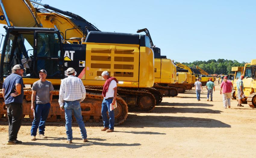 Machine inspections brought out an early crowd on day 2 of the auction for construction equipment sale day.