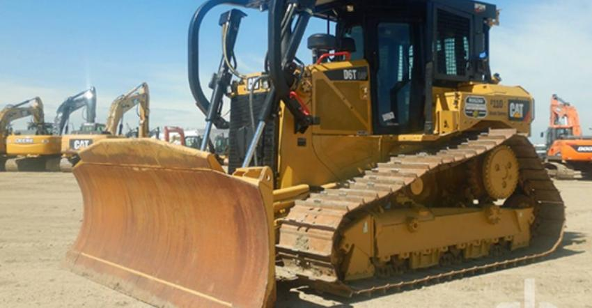 Ritchie Bros. sold two of these 2018 Caterpillar D6T LGP dozers (lot #938,939) for approximately $370,000 at the three-day Edmonton, AB auction.